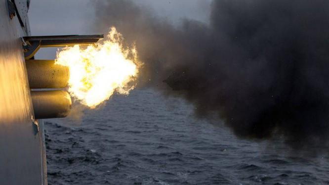 Tàu hộ tống lớp Steregushchiy dự án 20380 phóng ngư lôi chống ngư lôi. Ảnh minh họa The National Interest.