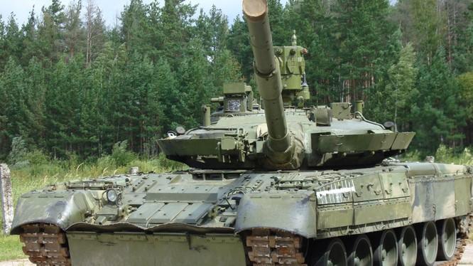 Xe tăng T-80M2, Object 219AM2 được hoàn thiện bởi các kỹ sư tăng thiết giáp St. Petersburg. Ảnh minh họa Rusian Gazeta