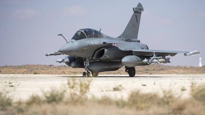 Không quân Liên minh quân sự do Mỹ dẫn đầu trên chiến trường Syria.