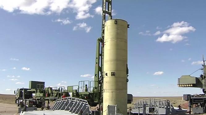 Lực lượng phòng thủ tên lửa đạn đạo thử nghiệm tên lửa mới. Ảnh Russian Gazeta