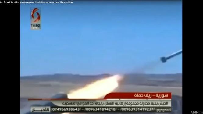 Sư đoàn cơ giới số 4 đánh phá chiến tuyến của FSA trên chiến trường miền bắc Hama.