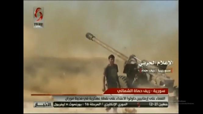 Quân đội Syria pháo kích ác liệt chiến tuyến của lực lượng Hồi giáo cực đoan ở Hama. Ảnh minh họa: Alikhbaria Syria.