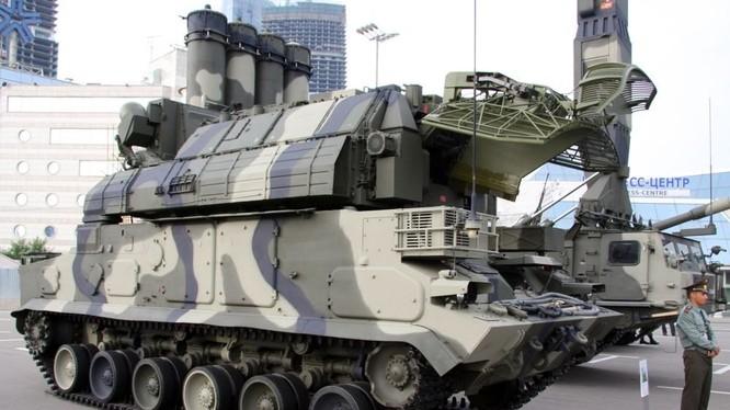 Hệ thống tên lửa phòng không tầm gần Tor-M2U. Ảnh minh họa The National Interest