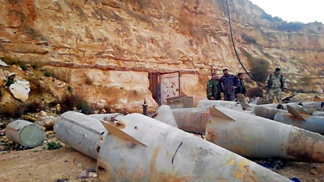 Một số đầu đạn tên lửa SAM do quân đội Syria phát hiện trong khu vực Daraa, al-Sweida. Ảnh minh họa: SANA.