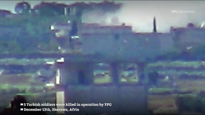 Dân quân người Kurd phóng tên lửa chống tăng ATGM diệt 5 binh sĩ Thổ Nhĩ Kỳ.
