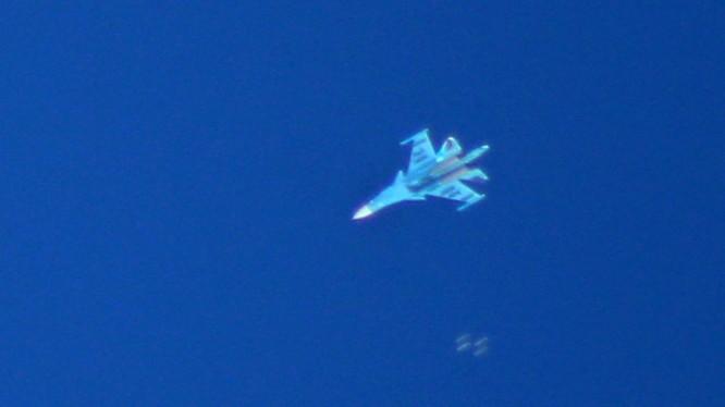 Máy bay ném bom chiến thuật Su-34 Nga trên chiến trường Idlib. Ảnh minh họa: Masdar News.