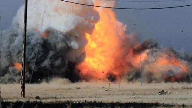 """Vụ nổ bom khối lượng lớn """"mẹ của các loại bom"""". Ảnh: Global Times."""