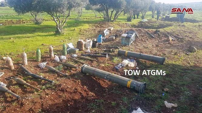 Các tên lửa TOW bị thu giữ trong kho vũ khí bí mật. Ảnh minh họa: SANA.