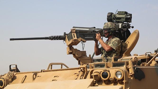 Binh sĩ Lính thủy đánh bộ Mỹ ở Deir Ezzor. Ảnh minh họa: South Front.