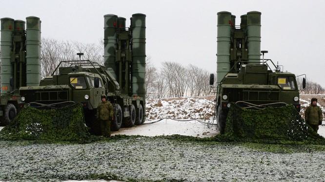 Tổ hợp tên lửa phòng không tầm xa S-500 đang phát triển. Ảnh minh họa: Russian Gazeta.