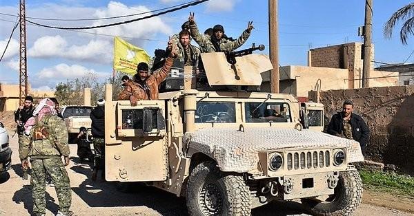Lực lượng Dân chủ Syria tiến công trên thung lung Euphrates. Ảnh minh họa Masdar News