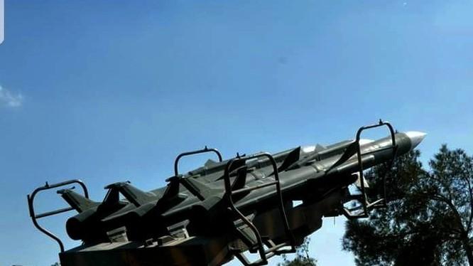 Lực lượng phòng không Syria đánh trả cuộc tập kích đường không của Israel. Ảnh minh họa: Masdar News.