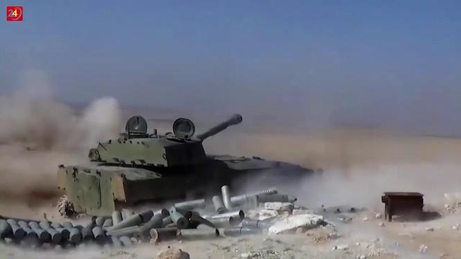Pháo tự hành quân đội Syria đánh trả lực lượng Hồi giáo cực đoan ở Idlib. Ảnh minh họa South Front