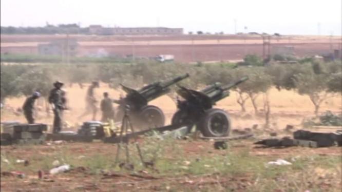 Lực lượng pháo binh- tên lửa Syria tập kích hỏa lực các nhóm Hồi giáo cực đoan ở Hama.