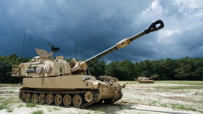 Pháo tự hành tầm xa M109 của quân đội Mỹ sử dụng thử nghiệm đầu đạn tầm xa tốc độ siêu âm (ERCA). Ảnh: The National Interest.
