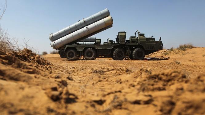 Hệ thống tên lửa S-300 Syria đã sẵn sàng chiến đấu.