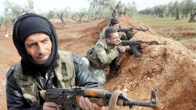 Các tay súng khủng bố Al-Qaeda trên chiến trường Syria. Ảnh minh họa: Masdar News.