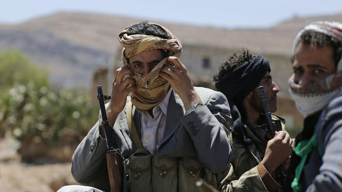 Các chiến binh Yemen trên chiến trường biên giới Yemen - Ả rập Xê-út. Ảnh minh họa: Masdar News.
