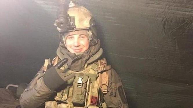 Trung sĩ đặc nhiệm đổ bộ đường không Maxim Pletnev.
