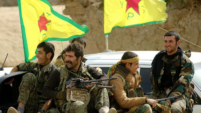 Lực lượng dân quân người Kurd thuộc Đơn vị bảo vệ Nhân dân YPG.
