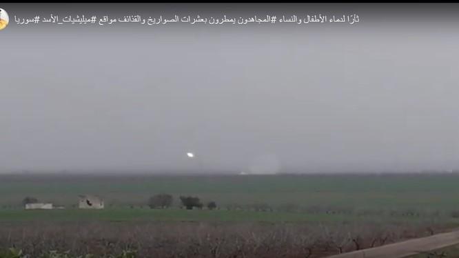 Lực lượng Hồi giáo cực đoan bắn phá ác liệt các khu dân cư ở Hama, Idlib.