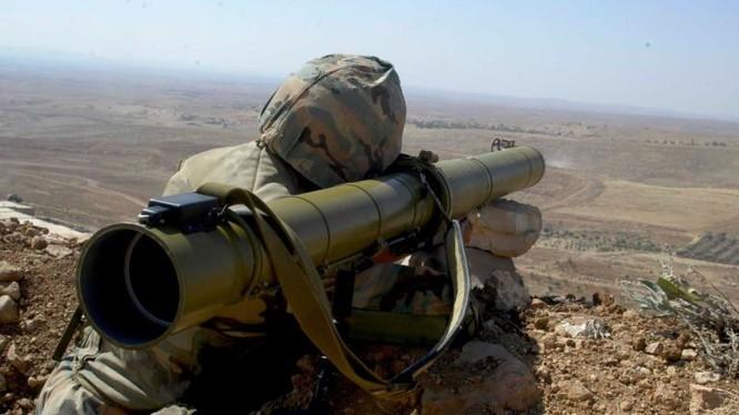Binh sĩ quân đội Syria, chiến đấu trên chiến tuyến Idlib - Hama.