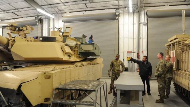 Ảnh xe tăng M1A2C Abrams Mỹ lắp hệ thống phòng thủ tích cực APS Israel.