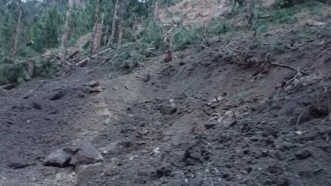 Hình ảnh vụ không kích của Ấn Độ, rơi vào vùng trống ở Jammu và Kashmir.