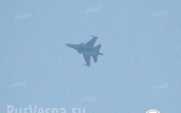 Máy bay nem bom Su-34 sử dụng bom điều khiển độ chính xác cao ở Khmeimim. Ảnh: Rusvesna.