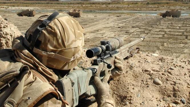Lính bắn tỉa thuộc Liên minh quân sự do Mỹ dẫn đầu ở Syria. Ảnh minh họa: Masdar News.