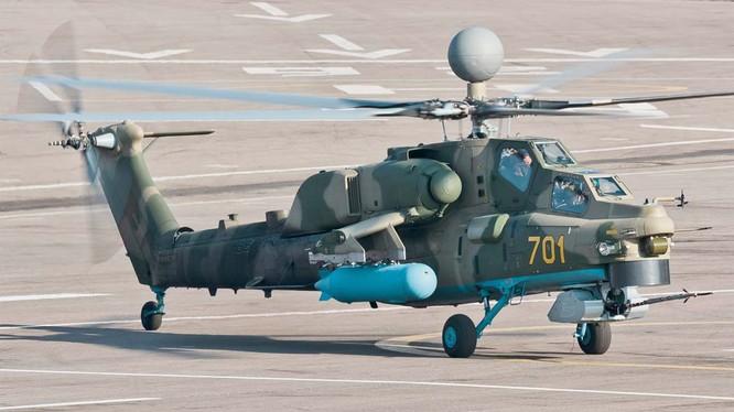 Trực thăng tấn công Mi-28NM Thợ săn đêm có mặt ở Syria thử nghiệm. Ảnh Izvesti
