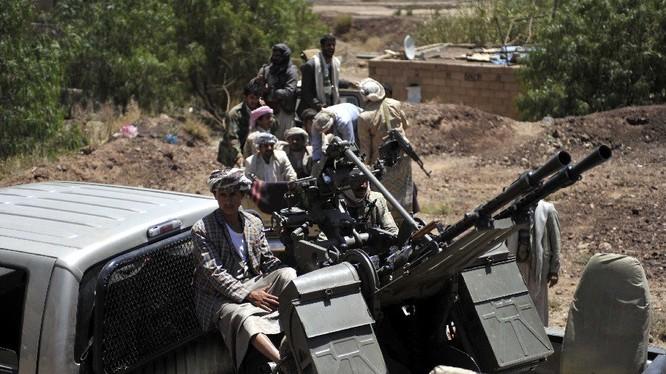 Lực lượng Houthi chiến đấu trên chiến trường lãnh thổ Ả rập Xê út