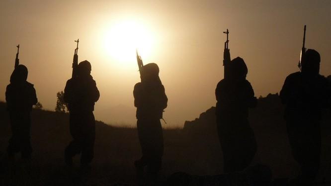 Các du kích quân người Kurd trên chiến trường Afrin. Ảnh minh họa: South Front.