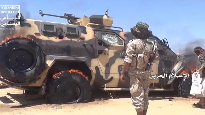 Các du kích Houthi phá hủy xe cơ giới của liên minh quân sự do Ả rập Xê út dẫn đầu. Ảnh minh họa South Front