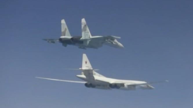 Không quân Nga tiến hành cuộc diễn tập quy mô lớn trên Biển Đen, đáp trả Sea Shield - 2019. Ảnh RT