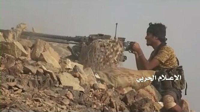 Lực lượng Houthi tấn công trên chiến trường biên giới Ả rập Xê-út - Yemen. Ảnh minh họa South Front
