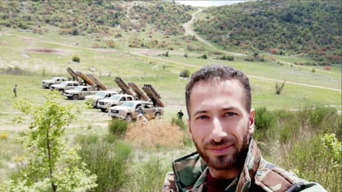 Các đơn vị hỏa lực sư đoàn cơ giới số 4 tấn công thị trấn Kabani, Latakia. Ảnh minh họa Al-Masdar News