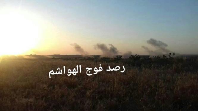 Lực lượng pháo binh sư đoàn Tiger tập kích hỏa lực vào các nhóm Hồi giáo cực đoan ở Hama. Ảnh minh họa Masdar News