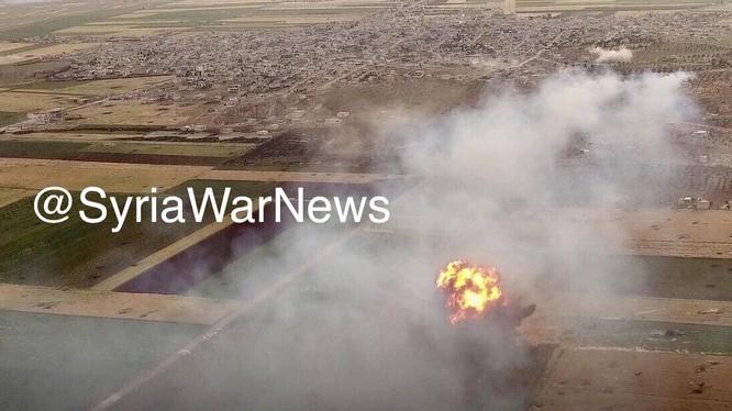 Giao chiến diễn ra dữ dội trên chiến trường vùng tây bắc Hama. Ảnh SyriaWarNews