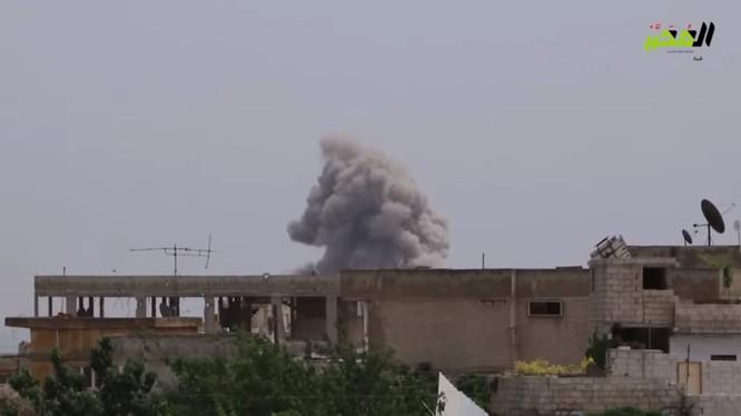 Không quân Syria không kích căn cứ sân bay Taftanaz phía đông Idlib