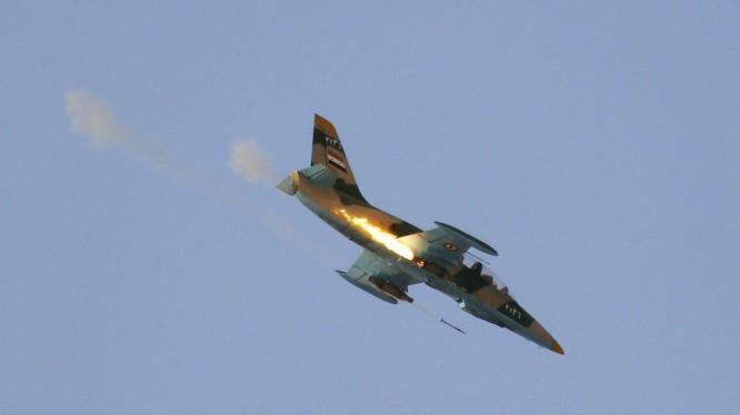 Không quân Syria không kích trên chiến trường miền tây bắc Hama, ảnh minh họa South Front