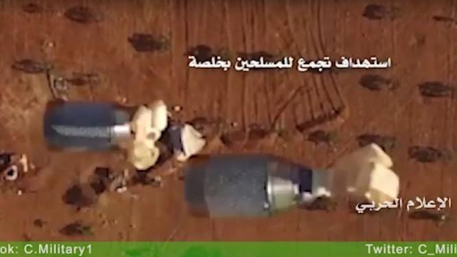 Máy bay không người lái thánh chiến Palestine đánh bom xe tăng, thiết giáp Israel. Ảnh