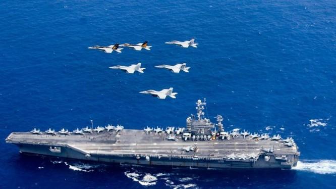 Cụm tấn công tàu sân bay Mỹ trên Biển Đông. Ảnh: Sina