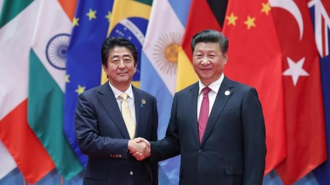 Ngày 5/9/2016, Thủ tướng Nhật Bản Shinzo Abe hội đàm với Chủ tịch Trung Quốc Tập Cận Bình sau Lễ bế mạc Hội nghị Thượng đỉnh G20