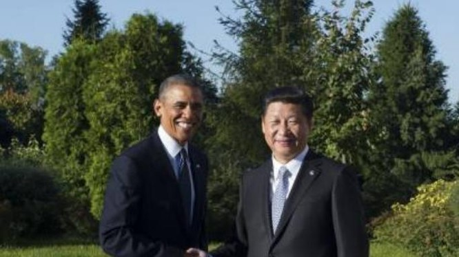Tổng thống Mỹ Barack Obama và Chủ tịch Trung Quốc Tập Cận Bình. Ảnh: sznews