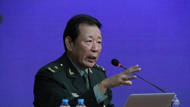 Thiếu tướng La Viện, Phó Hội trưởng Hội xúc tiến văn hóa chiến lược Trung Quốc. Ảnh: news.qq.com