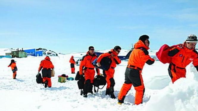 Trung Quốc tích cực tiến hành khảo sát ở Nam Cực. Ảnh: Ce.cn