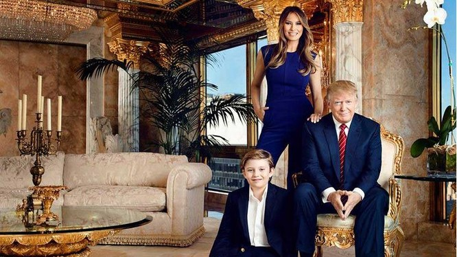 Vợ chồng ông Donald Trump trong căn hộ dát vàng tại New York (ảnh tư liệu)