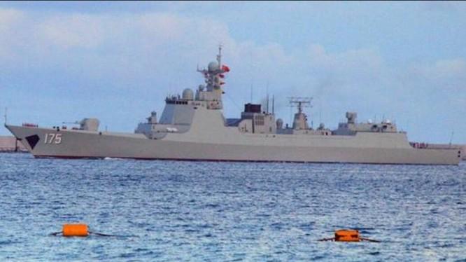 Tàu khu trục tên lửa Ngân Xuyên Type 052D, Hạm đội Nam Hải, Hải quân Trung Quốc. Ảnh: Cankao