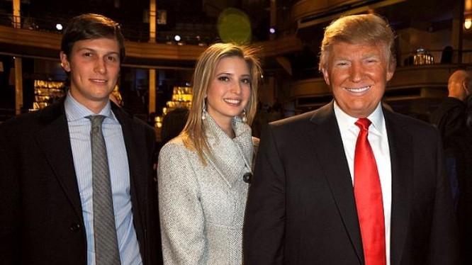 Tổng thống đắc cử Mỹ Donald Trump cùng con gái và con rể. Ảnh: Daily Mail